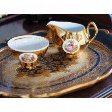 Fragonard įkvėpti auksu dekoruoti cukrinė ir ąsotėlis