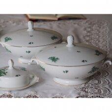 Mid – century Rosenthal Loewy porcelianinis indas su dangčiu, puoštas žaliomis gėlėmis