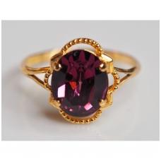 Žiedas su violetiniu kristalu